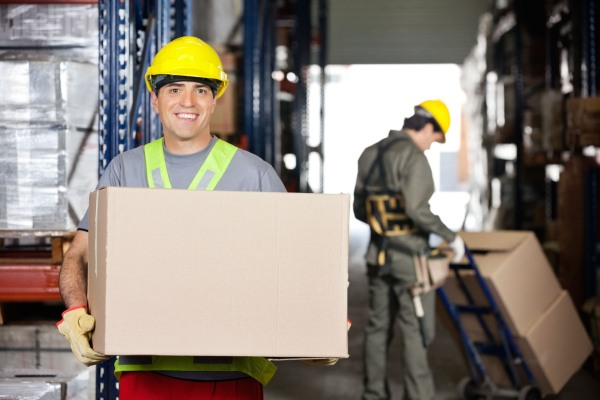 worker-holding-box